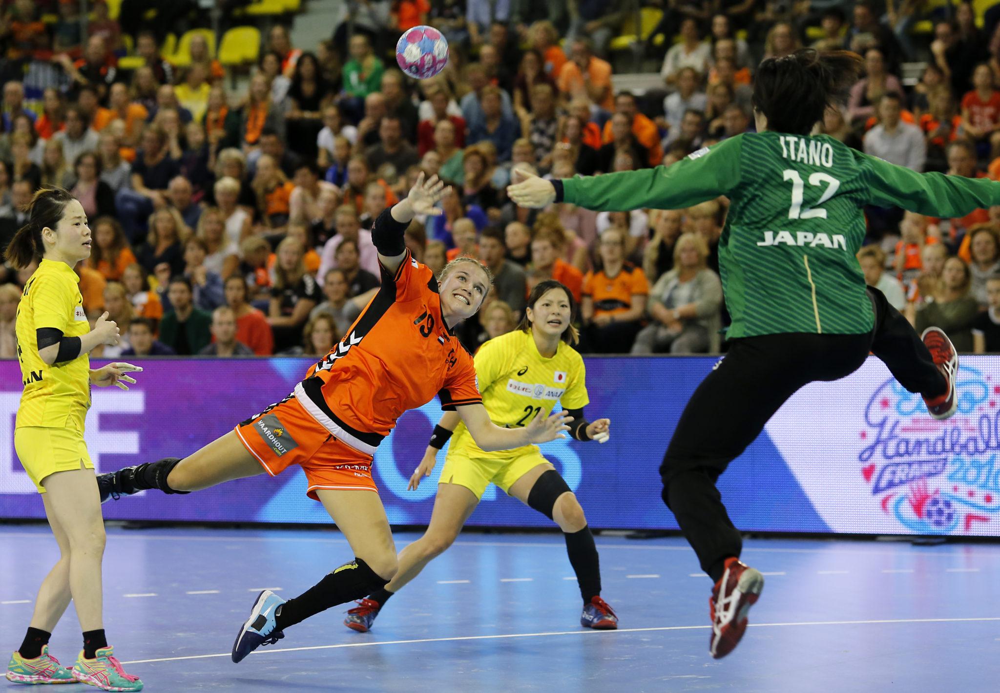 28 September 2018: Handbal: Oefeninterland: Nederland-Japan: Eindhoven   Foto: Edwin Verheul