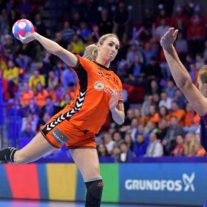 Vive Le Handball – Live Op Youtube Om 12:00 – Q&A Met Helle Thomsen En Carla Van Dijk.